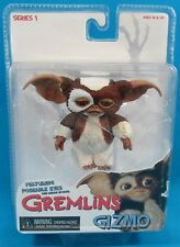 NECA Toys Gremlins Series 1 Gizmo w/ poseable eyes figure NEW ON CARD SEALED