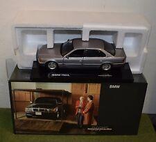 JAMES BOND 007 1:24 SCALE BMW 750IL TOMORROW NEVER DIES