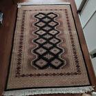 Tapis laine fait main origine Pakistan