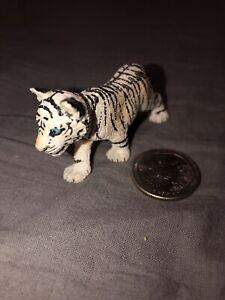 Schleich 14732, White Tiger Cub, Series Wild Animals/Tiger Jungles V