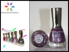 VERNIS A ONGLES COLLECTION PLUME YES LOVE  *NEUF*