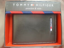New Tommy Hilfiger Black Mens Leather Bifold Wallet with Passcase Photo ID