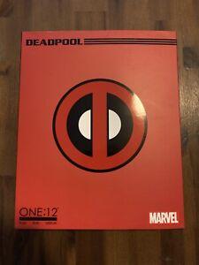 mezco one:12 deadpool