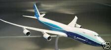 B-747-8F Werksbemalung, 1:200 Hogan