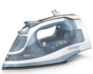 *NEW* Black & Decker One Step Steam Iron Even Steam Sole Plate Design