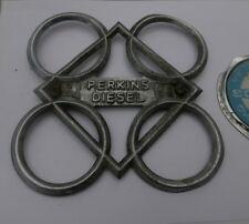 """Vintage PERKINS DIESEL Massey Ferguson Tracteur badge - 6 3/4"""" X 6 3/4"""""""