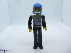 LEGO MINIFIGURE TECH029 POLICE VINTAGE TECHNIC SET 8230
