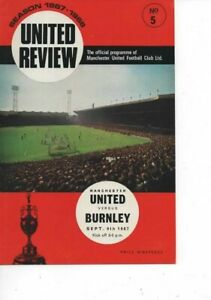Manchester United v Burnley 1967/68 Division 1 complete with token