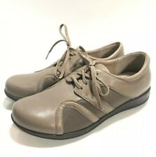 SOFT WALK Womens Leather Comfort Shoes SZ 9.5 W Lace Up Brown Grey Nursing Work