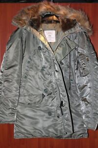 US. Military Issue Alpha Industries Extreme Cold Weather N-3B (N) Parka Medium