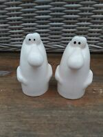 Vintage Salt & Pepper Ceramic Novelty Set  Salt & Pepper Humorous Pair