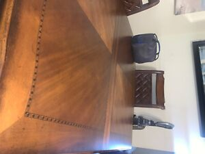 Brown Table & Chairs + hutch set (Great condition)