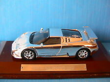 BUGATTI EB 110 CHROME 1994 IXO 1/43 WITH WOODEN BASE