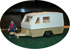 MAISTO - TRAVEL TRAILER / CAMPER - S TRAIN (4 available)