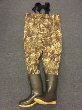 NEW Kobuk Men's Max-4 Camo Breathable Hunting Wader Lug Boots Size 10 Stout