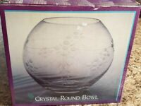 """Crystal Round Bowl Vase Etched Flower Beautiful Cut Design 7"""" Tall Clear"""