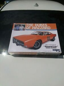 "MPC  THE DUKES OF HAZZARD  GENERAL LEE DODGE CHARGER BIG 1:16 SCALE  ""NEW"""