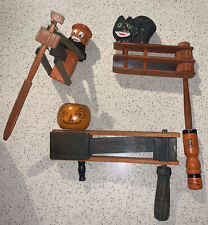 VTG ANTIQUE HALLOWEEN WOODEN WOOD RATCHET NOISE MAKER GERMANY Black Cat Pumpkin