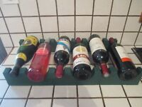ancien casier 6 bouteilles en bois peint en vert-old bottles rack-home staging