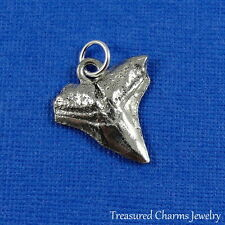 Silver SHARK TOOTH CHARM PENDANT *NEW*