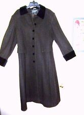 Halston Lifestyle Classic Brown and Velvet 100% Wool Coat Size12P Made in USA!!