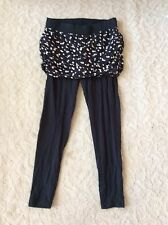 Woman's Plus Torrid Skirted Leggings Size 2 Black and Floral Stretch Modest