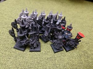 Aos Warhammer unit of Chaos Dwarf Warriors with metal command and hero