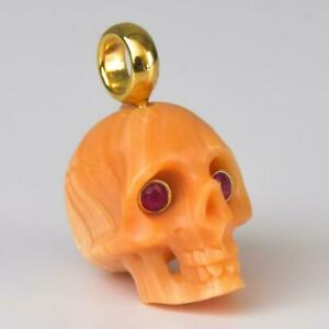 Gold Vermeil Sterling Silver Carved Apricot Shell Skull Ruby Eyes Pendant 2.73g
