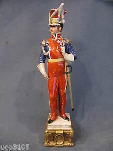 Soldato Porcellana Capodimonte,Uff.Guardia Imperiale. Merli.Collez.Napoleonica