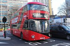 New bus for London - Borismaster LT661 6x4 Quality Bus Photo