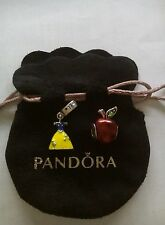 Charms vestido y manzana disney blancanieves con bolsa pandor@