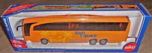 Siku 3738 Mercedes-Benz Travego Reisebus