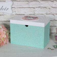 Cajas multicolores de madera para el hogar