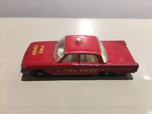 Lesney No.59 Ford Fairlane Fire Chief's Car