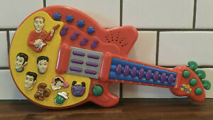 2003 The Wiggles Play Along Musical Red Guitar by Spin Master Tested & Working!