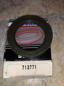 National 713771 Manual Trans Drive Shaft Seal Oil Seal New In Carquest Box !