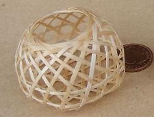 1:12 scala singola handmade BAMBOO Cesto DOLLS HOUSE miniatura Accessorio articolo IO