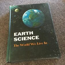 EARTH SCIENCE. THE WORLD WE LIVE IN. 1965. THIRD EDITION