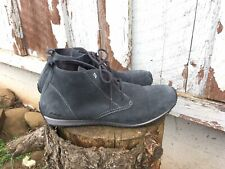 Eddie Bauer Suede Boot 9M Style Sneaker Chukka Transition Gray Ankle Lace UP EUC