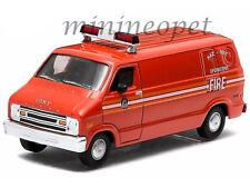 GREENLIGHT 29804 1976 76 DODGE B-100 HAZ MAT OPERATIONS VAN 1/64 FDNY FIRE VAN