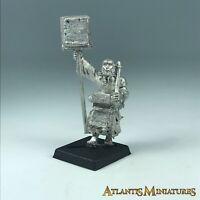 Metal Flagellant Empire Standard Bearer - Warhammer Age of Sigmar X2426