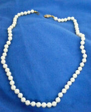 Vintage single strand of imitation pearls 18 inches choker style necklace