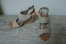 A2 AEROSOLES MAY PLUSH Ruched Slingback Wedge Sandals Taupe Canvas Womens Size 9