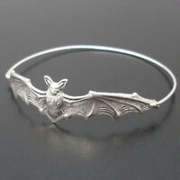 Fashion Cool Womens Bat Bangle Bracelet Wristband Halloween Jewelry Gift
