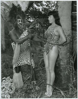NOS Large Bettie Page In Jungle Land Pin-Up Photograph Signed by Bunny Yeager