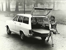 Opel Kadett B Caravan Fashion Glamour Hot Pant Suit Photograph Mint Condition C