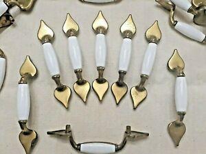 20 vtg ceramic heart/spade porcelain drawer cabinet door Pulls brass white AF 9