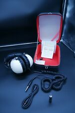 Pioneer SE-30 Headphones With Case and Some Accessories (Connectors)