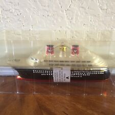 NEW DISNEY CRUISE LINE DCL SHIP CHRISTMAS ORNAMENT MODEL REPLICA