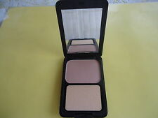 Powder Foundation Lite Beige Natural Beautiful Color In Black Case With Mirror